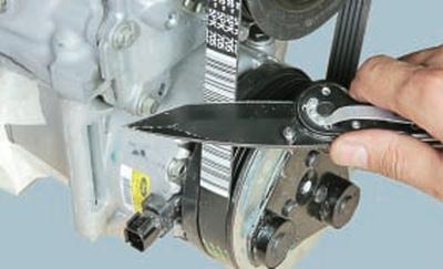 Проверка и замена ремня привода вспомогательных агрегатов Форд мондео 4 (2007-2014)