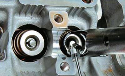 Замена маслосъемных колпачков Форд мондео 4 (2007-2014)