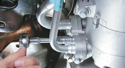Замена уплотнения масляного картера Форд мондео 4 (2007-2014)