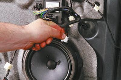 Снятие и установка динамиков акустической системы Форд мондео 4 (2007-2014)