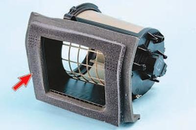 Снятие и установка электродвигателя вентилятора отопителя Форд мондео 4 (2007-2014)