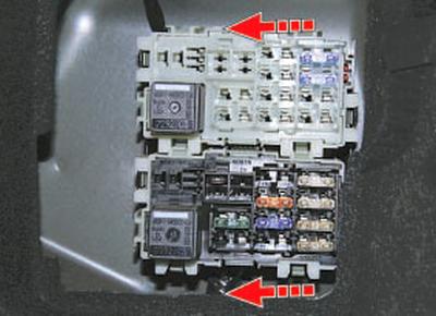 Снятие и установка монтажных блоков Форд мондео 4 (2007-2014)