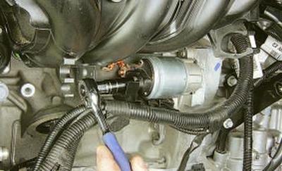 Замена переднего тормозного диска рено дастер
