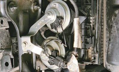 Снятие и установка звукового сигнала Форд мондео 4 (2007-2014)