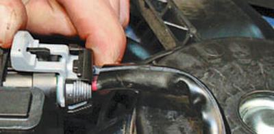 Замена блока управления вентилятором радиатора системы охлаждения двигателя Форд мондео 4 (2007-2014)