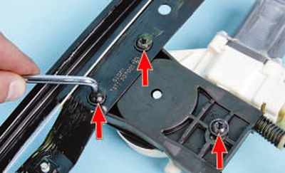 Замена моторедукторов электроприводов стеклоподъемников Форд мондео 4 (2007-2014)