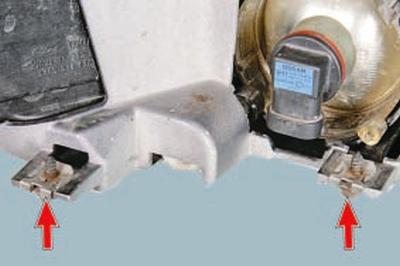 Замена противотуманной фары Форд мондео 4 (2007-2014)