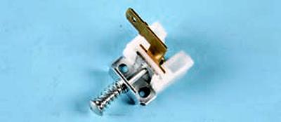Замена выключателя сигнальной лампы включения стояночного тормоза Форд мондео 4 (2007-2014)