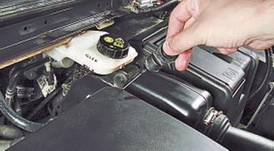 Проверка уровня рабочей жидкости в автоматической коробке передач Форд мондео 4 (2007-2014)