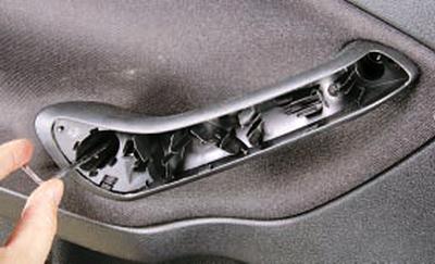 Снятие и установка обивки задней двери Форд мондео 4 (2007-2014)