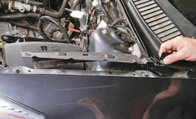 Снятие и установка облицовки короба воздухопритока Форд мондео 4 (2007-2014)
