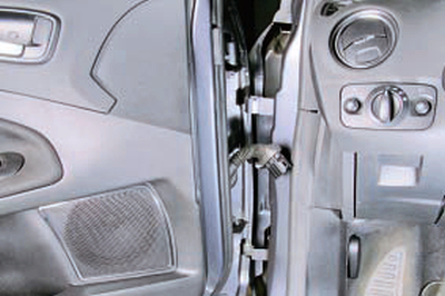 Снятие и установка передней двери Форд мондео 4 (2007-2014)