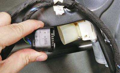 Замена стеклоподъемника передней двери Форд мондео 4 (2007-2014)
