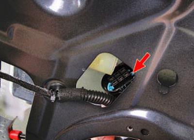 Замена стеклоподъемника задней двери Форд мондео 4 (2007-2014)