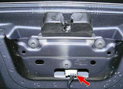 Замена замка крышки багажника Форд мондео 4 (2007-2014)