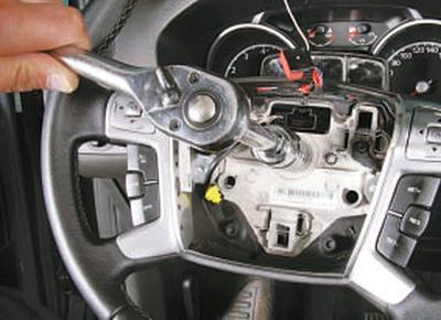 Снятие и установка рулевого колеса Форд мондео 4 (2007-2014)