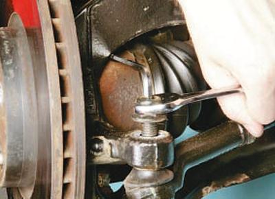 Замена наружного наконечника рулевой тяги Форд мондео 4 (2007-2014)