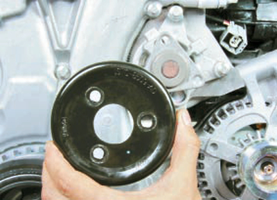 Замена водяного насоса Форд мондео 4 (2007-2014)