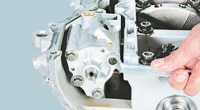 Снятие и установка масляного насоса Форд мондео 4 (2007-2014)