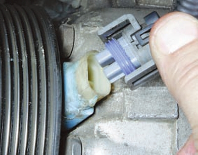 Снятие и установка компрессора Форд Мондео 4 (2007-2014)