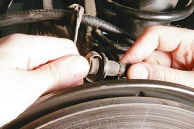 Замена тормозных шлангов Форд мондео 4 (2007-2014)