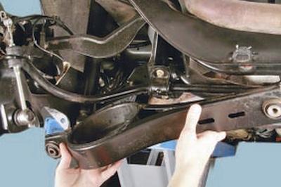 Замена продольного рычага задней подвески Форд мондео 4 (2007-2014)
